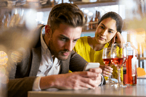common signs that your date isn't looking for a relationship from Select Personal Introductions